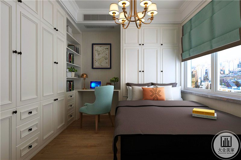 书房做榻榻米,最大限度利用空间,把所用能放收纳柜的墙面都做了收纳。