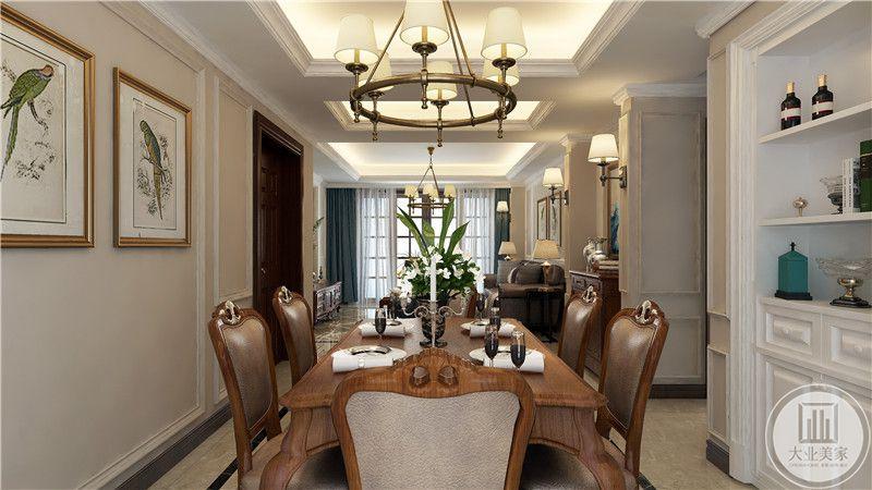从这里可以看到餐厅和客厅整体布局装饰。